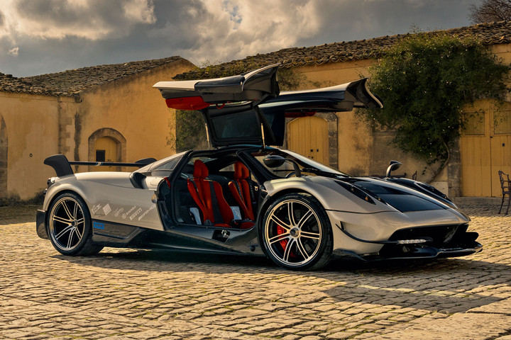 2-6-million-pagani-huayra-bc_0011-720x480-c